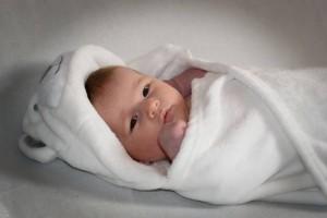 宝宝多大不吐奶宝宝吐奶有什么影响